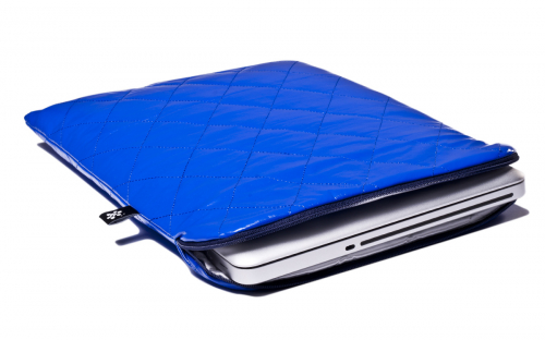 Housse bleue Macbook